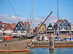 Volendam Waterfront (joiseyshowaa) Tags: travel vacation holland tourism netherlands amsterdam bay harbor boat fishing artist village ships tourist picasso bow pearl hdr marken colony ij volendam renoir edam zuiderzee doolhof markermeer