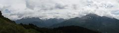 DSCF0372 Valle de Tena (David Barrio Lpez) Tags: snow mountains clouds landscape spain huesca fuji nieve paisaje panoramica nubes aragon fujifilm montaas pirineos pirineo 360 xp80 valledetena davidbarrio fujixp80 davidbarriolpez