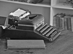 The Typewriter of Ernest Hemingway (nebulous 1) Tags: typewriter writing office nikon royal books writer hemingway novels ernesthemingway nebulous1 thetypewriterofernesthemingway