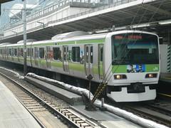 E231 (4) (Transrail) Tags: tokyo emu yamanoteline jreast e231 electricmultipleunit tokaidomainline eastjapanrailwaycompany kawasakiheavyindustries tokyucarcorporation