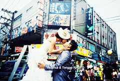 Film x Lomo Pre-Wedding Photo- Ryder  Brenda*1 (Twiggy Tu) Tags: portrait film lomo lca taiwan taipei 2012 preweddingphotography  virginiatwiggyphoto