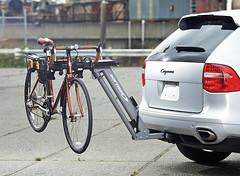 Softride 26321_Hydraulic_Assist_On_Vehicle (Softride Racks) Tags: bike assist rack easy dura softride