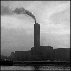 Bankside Power (Fusty Box) Tags: london thames tatemodern southbank hp5 1977 ilford banksidepowerstation