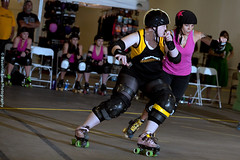 2012-04-13 Dust Devil Game 06-6001 (Masonite Burn) Tags: usa tuscon rollerderby az wftda nauti 187kamilla bloodspilla 10kosma pikespeakderbydames2012 2012dustdevil tucsonrollerderby2012