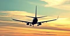 A pillow of winds (Manru) Tags: airport sevilla afternoon may planes mayo aeropuerto tarde aviones