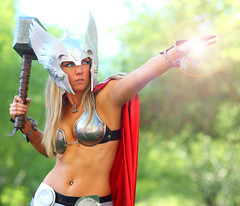 Thor's Secret Power Toni Darling 2012 Phoenix Comicon (PCC) (gbrummett) Tags: sexy beautiful comic cosplay toni cosplayer thor darling comicon con img9515 canonef85mmf12liiusmlens canoneos5dmarkiicamera grantbrummett tonidarling 2012phoenixcomiconpcc