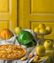 Still life with apples in the style of Cezanne (kevsyd) Tags: apples applepie stillllife appletart cesanne kevinbest