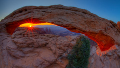 Mesa Arch Sunrise (John Getchel Photography) Tags: sunrise fisheye canyonlandsnationalpark sunrays hdr mesaarch sunglow washerwomanarch wwwjohngetchelcom
