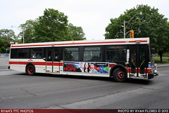 7322_20120526_IMG_0226 (R. Flores) Tags: new toronto bus flyer floor ttc low transit commission industries 19981999 nfi d40lf
