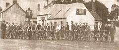 Angus Cycling Club 1933 - Outside Finavon Hotel (chainwheel52) Tags: scotland angus forfar cyclingclub finavon