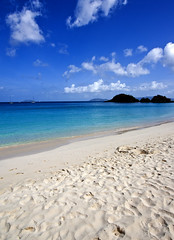 Trunk Bay (cody is rad) Tags: ocean blue beach water st canon john rebel xt sand wideangle caribbean efs 1022mm usvi trunkbay virginisland