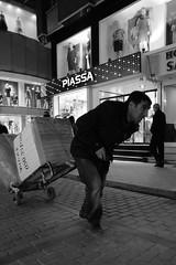 PIASSA.... (Streetphotography by Rausch) Tags: bw istanbul sw worker hardwork aksaray hardlife istanbulfreephotography