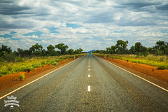 Outback on the road, Northern Territory, Australia (Italian Dreamtime | Sognando l'Australia) Tags: road australia outback northernterritory redcentre