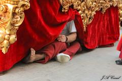 Una promesa con una penitencia (J.A.Corral) Tags: virgen promesa romanos penitencia trono humildad costalero descazo