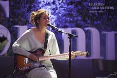 Maika Makovski en White Summer (flashesandsounds) Tags: barcelona summer white concierto maika 2016 makovski