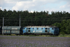 PKP CARGO ET22-722 , Wrocaw 18.06.2016 (szogun000) Tags: railroad electric train canon tren engine poland polska rail railway cargo locomotive coal trem treno freight e30 locomotora lokomotive wrocaw pkp mainline locomotiva pocig   lokomotywa elektrowz lowersilesia dolnolskie dolnylsk towarowy et22 pkpcargo et22722 canoneos550d canonefs18135mmf3556is d29275