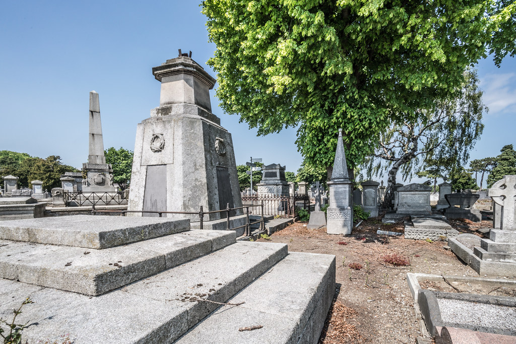 MOUNT JEROME CEMETERY AND CREMATORIUM IN HAROLD'S CROSS [SONY A7RM2 WITH VOIGTLANDER 15mm LENS]-117059