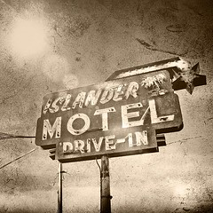 Islander Motel (TooMuchFire) Tags: signs vintage square neon antique powerlines squareformat lensflare neonsigns eaglerock oldsigns vintageneon vintageneonsigns oldmotels motelsigns oldneonsigns islandermotel lenslight iphoneography instagramapp uploaded:by=instagram
