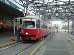 4768 Praterstern Wien Nord, Wien 20/11/2011 (Richard Woodhead) Tags: vienna wien tram trams e1 strassenbahn tramcar 4768 praterstern wienerlinien vienesselines