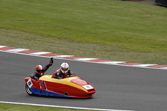 _CAR0505 (Dean Smethurst BDPS) Tags: pictures park classic june racetrack for all 4th f1 class motorbike f2 5th motorbikes sidecars classes oulton 400cc 1000cc 250cc 600cc 05062012 04062012