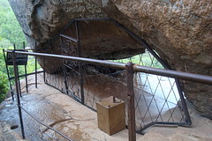 Mihindu Guhawa [the cave of Arahant Mahinda] (Hasitha Rangana) Tags: temple buddhisttemple sacredsite anuradhapura anuradapura sagiri mihinthale segiri missaka cetiyagiri solosmasthana missakapabbata missakapawwa missakapavva