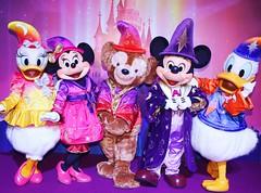 20 Years of Magic! - Meeting 20th Anniversary Mickey, Minnie, Duffy, Donald, and Daisy (Disney-Me) Tags: mickeymouse minniemouse pluto duffythedisneybear donaldduck daisyduck goofy max chipanddale clarice bluefairy pinocchio jiminycricket marie rapunzel flynnrider fiferpig fiddlerpig practicalpig esmeralda phoebus clopin hercules megara painandpanic peterpan wendy captainhook mrsmee disneyland disneylandparis disneylandparis20thanniversary europe april april11th 2012 20yearsofmagic 20yearsofmagicmeetngreet specialevent