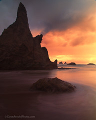 Lessons in futility (Dave Arnold Photo) Tags: ocean sunset sea usa oregon bay coast us photo pacific image or picture wave pic photograph oregoncoast bandon ore coquille coos wildlifepreserve waterinmotion lomgexposure davearnold arnod centraloregoncoast uspark oregonislands darnold coquillepoint davearnoldphotocom bestevercompetitiongroup