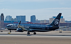N548AS Alaska Airlines Boeing 737-890  (cn 30020/1738) (TDelCoro) Tags: alaskaairlines b737 n548as