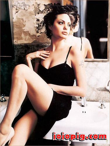 Angelina jolie hot sexy photos