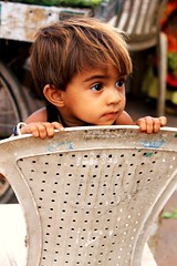 IMG_6725 (Salad jar) Tags: poverty people baby india look wonder kid search chair child tiny question worried clutch hungry gujarat