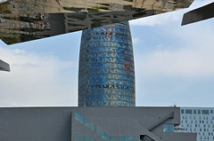 AHS_Barcelona53 (alexander h. schulz) Tags: barcelona architecture 22 himmel ceiling architektur agbartower catalunya dach torreagbar cataluña marktplatz nouvel agbar flohmarkt jeannouvel katalonien glories zeltdach oriolbohigas elsencants dissenyhub fermínvázquez