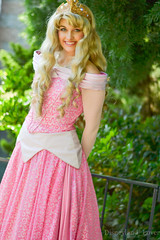 Aurora (Disneyland_lover) Tags: disneyland disney aurora sleepingbeauty disneyprincess disneycastmembers disneyphotography disneyprincessmeetandgreetcharacters