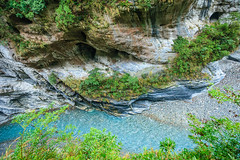 Taiwan-121116-424 (Kelly Cheng) Tags: travel color colour green tourism nature water horizontal river landscape daylight colorful asia day outdoor taiwan nobody nopeople canyon colourful tarokonationalpark tarokogorge  traveldestinations  northeastasia