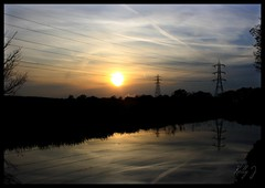 HTT  (Kel1y J) Tags: sunset canalside coventrycanal happytelegraphtuesday