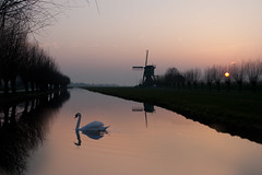 (Annemieke Proze) Tags: trees sunset reflection mill swan kockengen avondrood