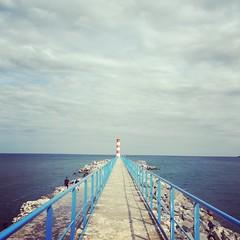 Comme un air de Bretagne à Port-la-Nouvelle (Reb et Ka) Tags: sea water sky clouds aude phare lighthouse