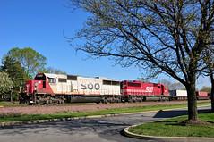 Good Old 182 (The Mastadon) Tags: road railroad chicago train illinois midwest rail railway trains il transportation locomotive railroads chicagoland douchebag flatlander midwestern 4102012