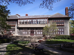 Detroit Waldorf School: North Wing--Detroit MI (pinehurst19475) Tags: city school windows building architecture michigan detroit architect burns albertkahn indianvillage detroitarchitecture cityofdetroithistoricdistrict burnsstreet burnsavenue liggettschool detroitwaldorfschool 2555burns englishdomesticrevival