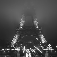Sous le brouillard de la Tour Eiffel (Massimo Margagnoni) Tags: world blackandwhite bw white black paris france art 6x6 digital canon landscape photographer tour digitale eiffel hasselblad dreams 5d francia viaggi nero paesaggio biancoenero massimo 2012 mkii parigi mondo absoluteblackandwhite bestcapturesaoi margagnoni