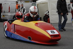 _CAR0489 (Dean Smethurst BDPS) Tags: pictures park classic june racetrack for all 4th f1 class motorbike f2 5th motorbikes sidecars classes oulton 400cc 1000cc 250cc 600cc 05062012 04062012