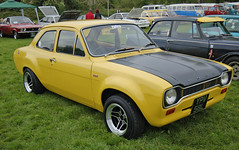 caldicot-classic-car-show-may-2012-093