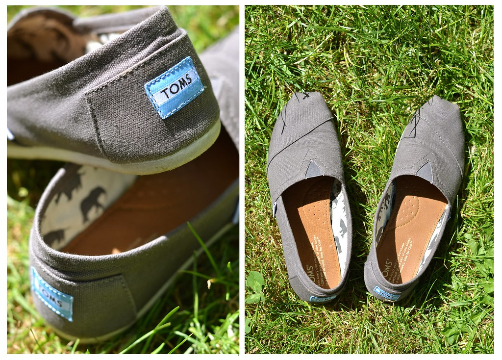 3689ec25978 Toms (Drii Roberts) Tags  shoes canvas toms productphotography canvasshoes  naturalproduct donationcompany