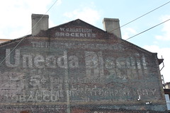 Uneeda Biscuit (joseph a) Tags: sign pittsburgh pennsylvania lawrenceville uneedabiscuit ghostsign centrallawrenceville
