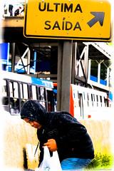 Escolhas a fazermos (Junior AmoJr) Tags: street color art sol colors arquitetura brasil photoshop canon cores sãopaulo chuva pb paisagem junior streetphoto cor snapfish gettyimages lightroom t3i atibaia photostreet itsnoon canonlightroom gettyimagesandtheflickrcollection gettyimagesbrazil amojr junioramojr crowdart oliveirajunior riafestival