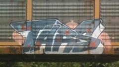 TARS (HOODED NINJA-) Tags: california graffiti kentucky louisville bombing tars autorack autoracks benching