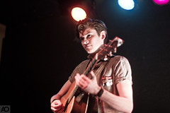 William Beckett (Ashley Osborn) Tags: chicago 50mm concert guitar livemusic performance acoustic schubastavern williambeckett billbeckett ashleyosborn