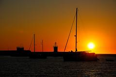 stamattina... (f@brizio72) Tags: sun sunrise alba barche porto sole calabria molo controluce crotone ionio nikond90 fabriziocarbone quandononhaisonno