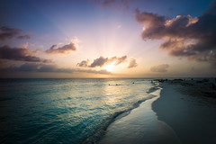 Sunset on Isla Mujeres (jeff.yip) Tags: leica voigtlander cancun mujeres isla m9 21mm