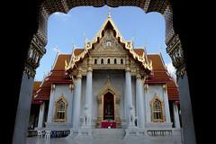 Wat Benchama Bophit (fredMin) Tags: travel temple fuji buddhism fujifilm marble fujinon xt1