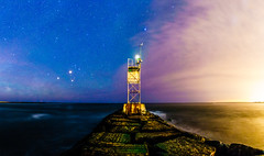 Two sides of the sky (^Baobab^) Tags: longexposure lighthouse nature night landscape sony longisland newyorkstate tamron atlanticocean fireisland milkyway fireislandnationalseashore tamronusa withmytamron tamronsp1530 sonya7r2 sonya7riiwithefmountlens